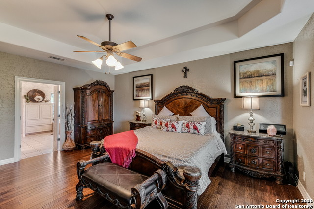 Pending | 209 Timber View Dr Boerne, TX 78006 14