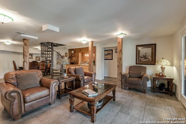 Pending | 209 Timber View Dr Boerne, TX 78006 28