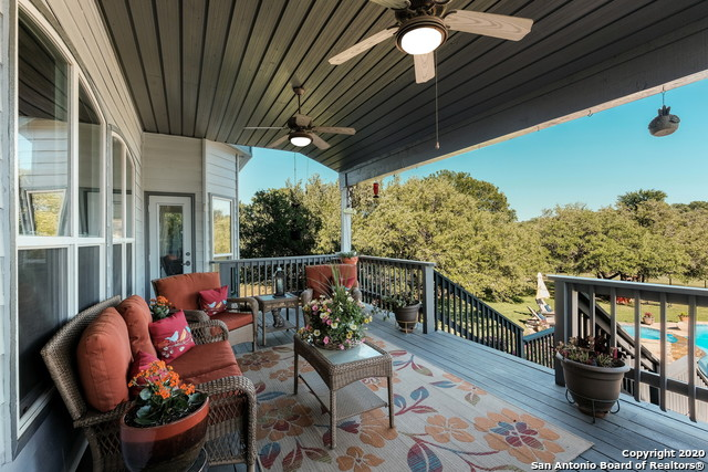 Pending | 209 Timber View Dr Boerne, TX 78006 34