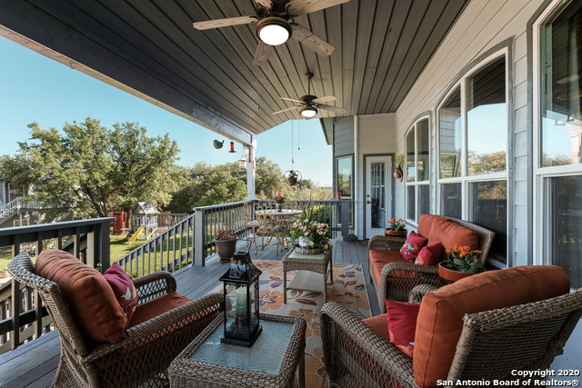 Pending | 209 Timber View Dr Boerne, TX 78006 36
