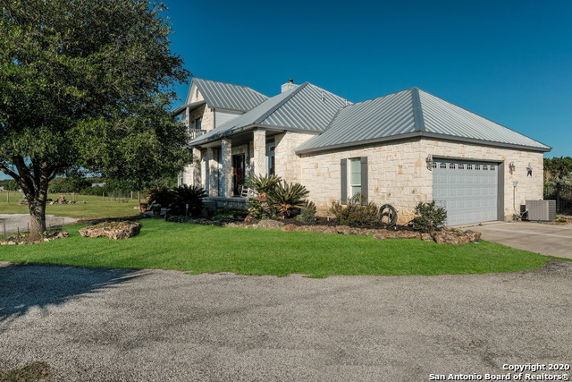 Pending | 209 Timber View Dr Boerne, TX 78006 4