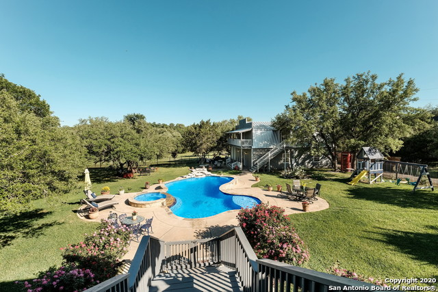 Pending | 209 Timber View Dr Boerne, TX 78006 40