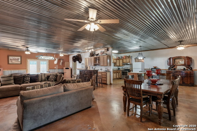 Pending | 209 Timber View Dr Boerne, TX 78006 44