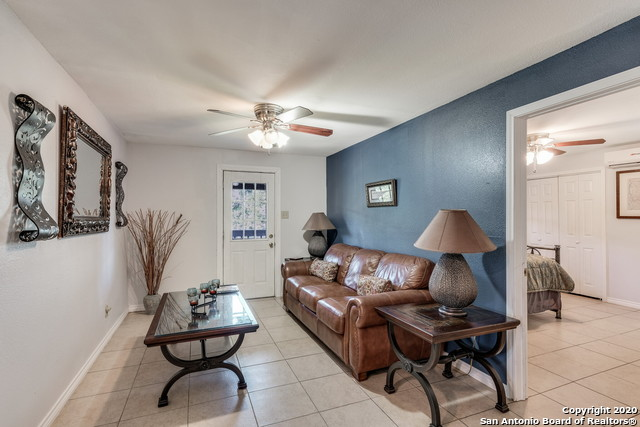 Pending | 209 Timber View Dr Boerne, TX 78006 47