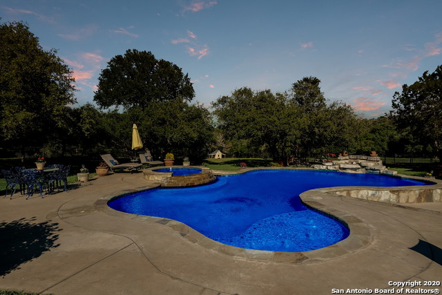 Pending | 209 Timber View Dr Boerne, TX 78006 58