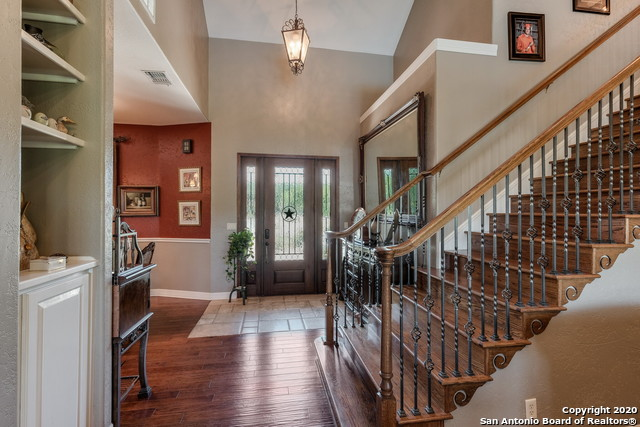 Pending | 209 Timber View Dr Boerne, TX 78006 6