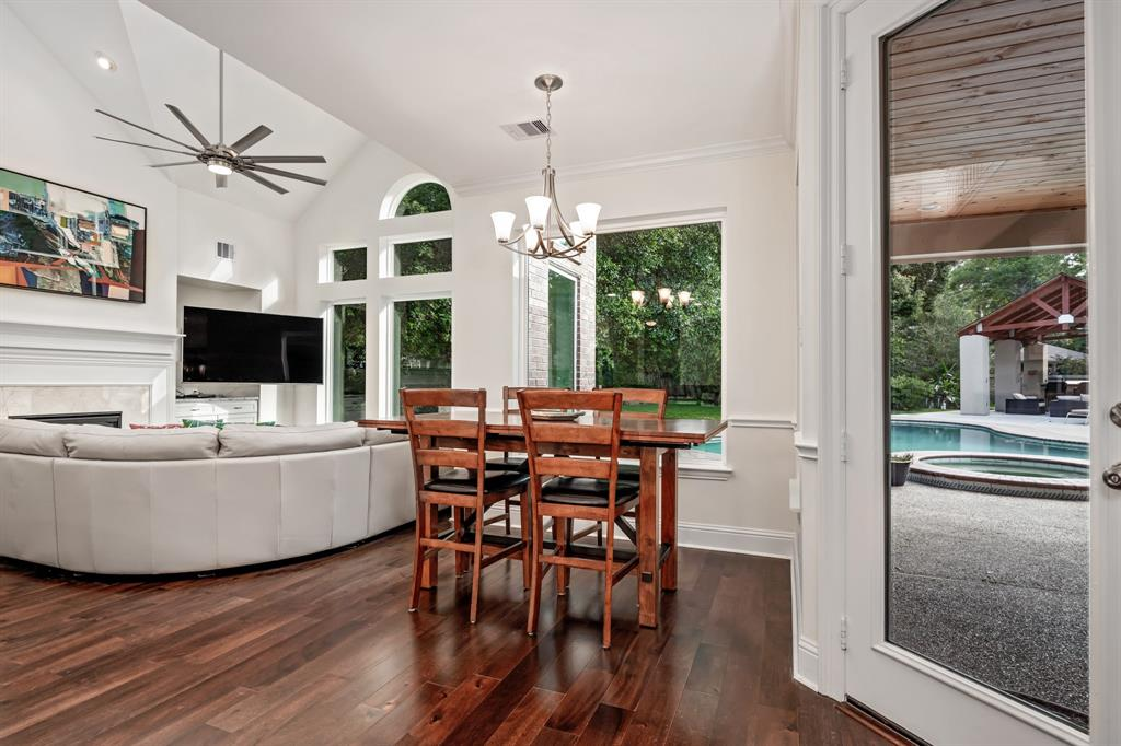 Active | 6 Forest Green Trail Kingwood, Texas 77339 10