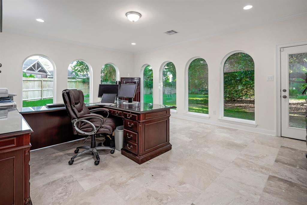 Active | 6 Forest Green Trail Kingwood, Texas 77339 20