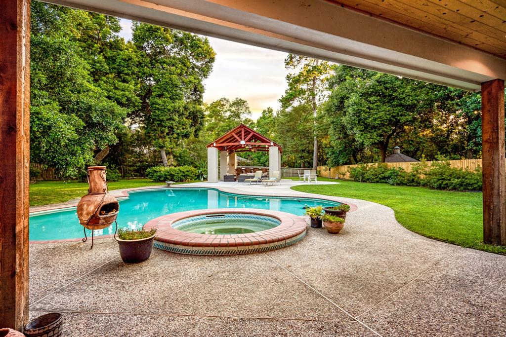 Active | 6 Forest Green Trail Kingwood, Texas 77339 38