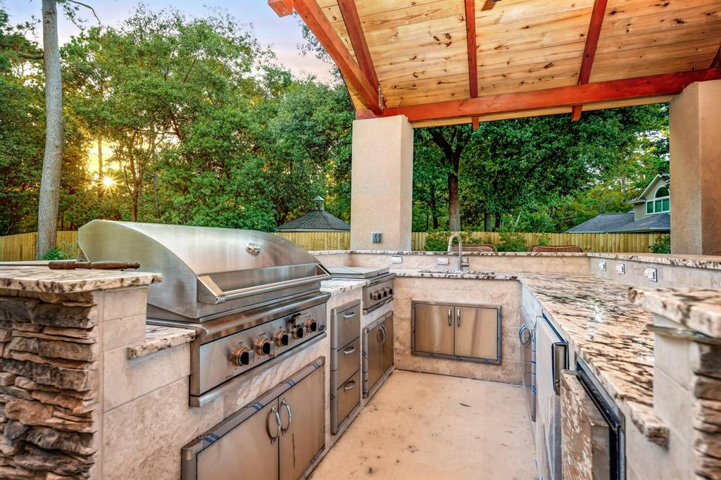 Active | 6 Forest Green Trail Kingwood, Texas 77339 45