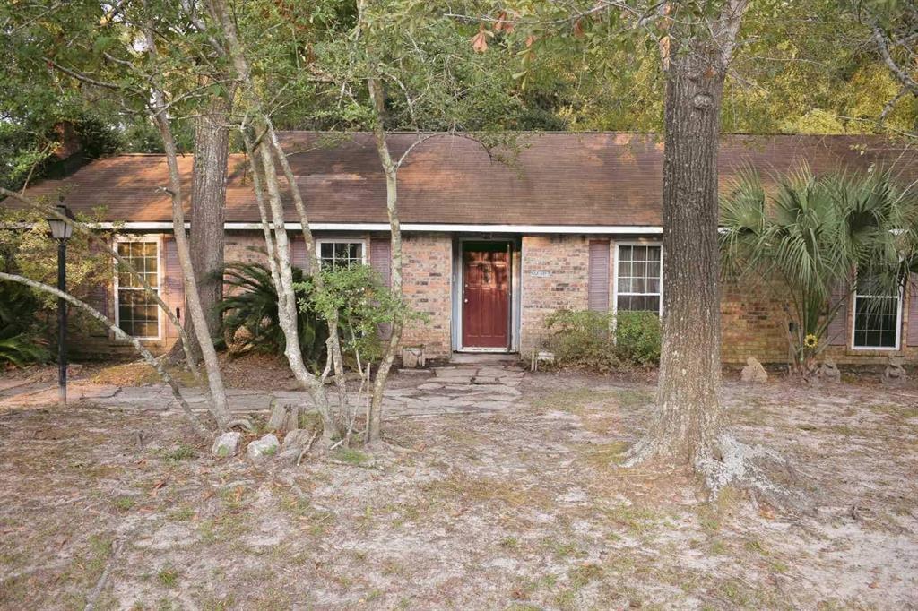 Option Pending | 25814 Glen Loch Drive Spring, Texas 77380 2