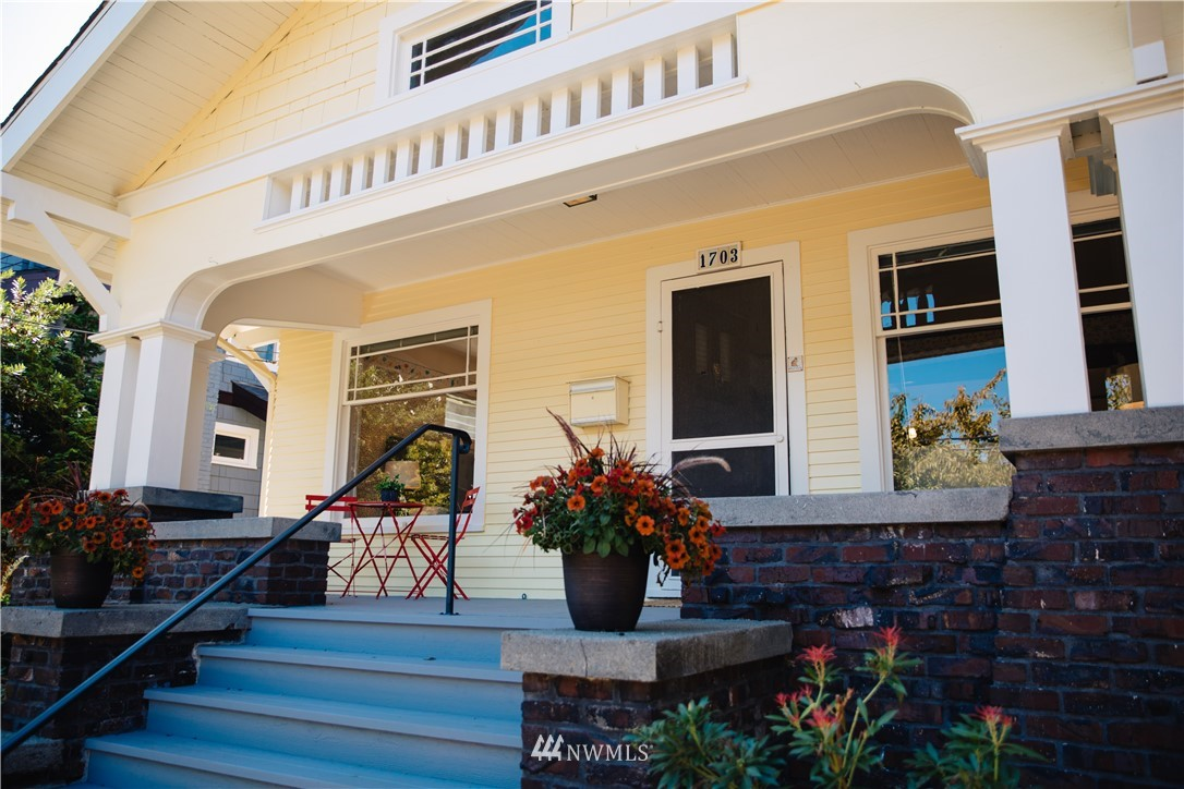 Sold Property | 1703 N 47th Street Seattle, WA 98103 1