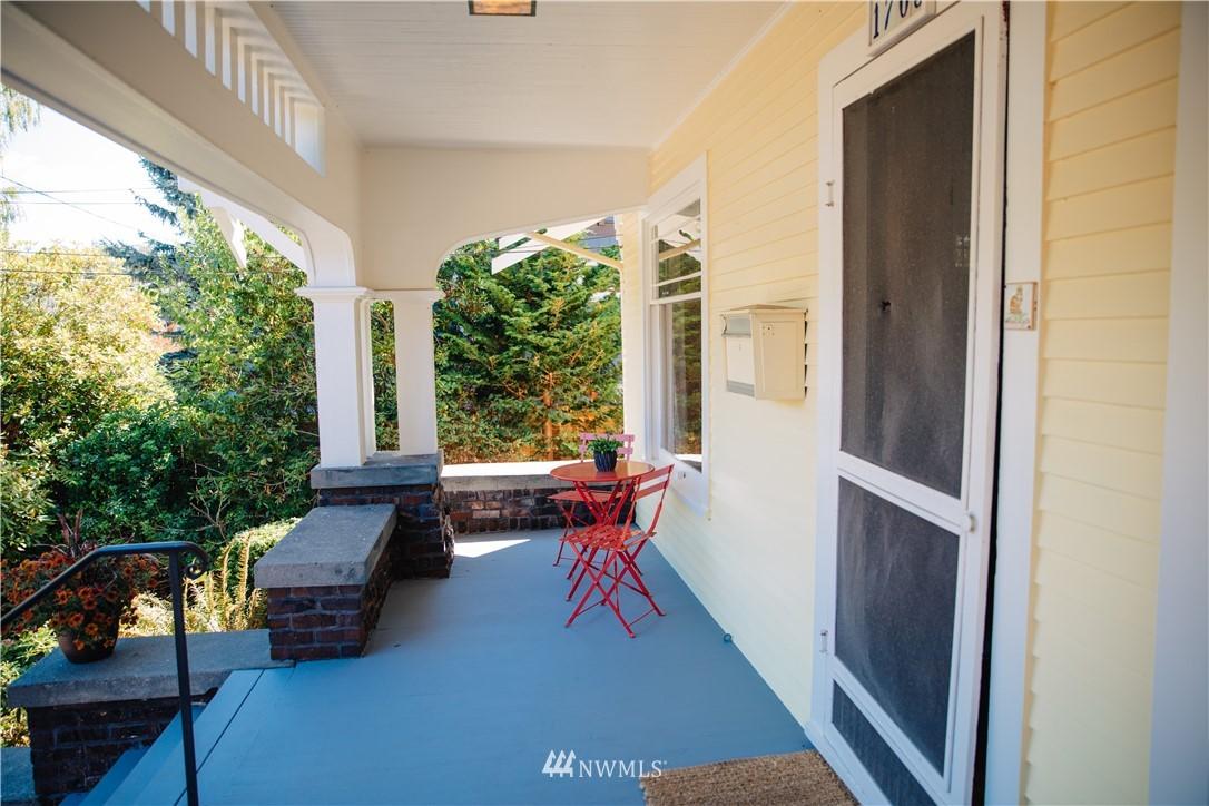Sold Property | 1703 N 47th Street Seattle, WA 98103 2