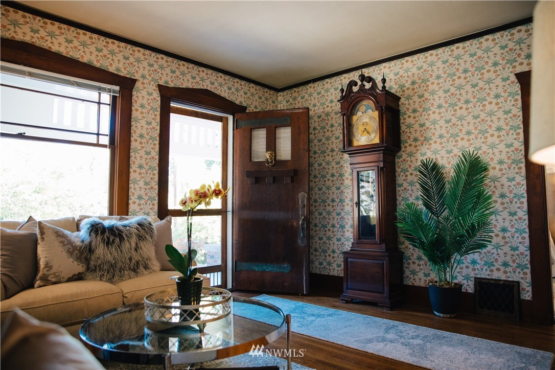 Sold Property | 1703 N 47th Street Seattle, WA 98103 5