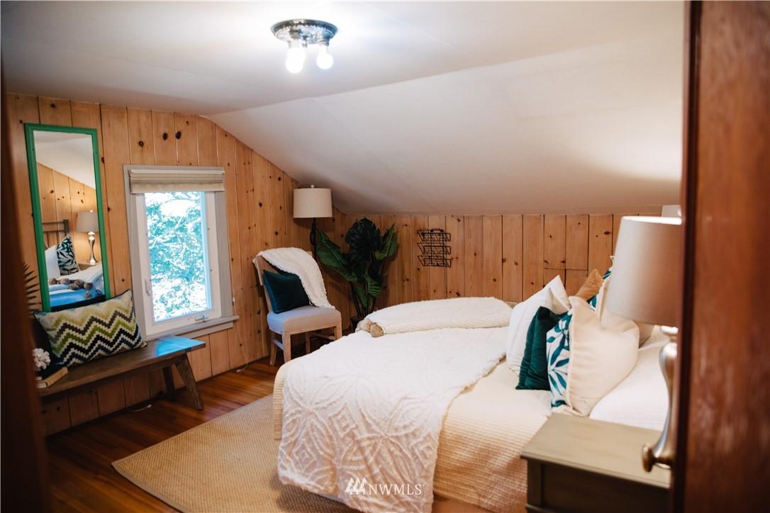 Sold Property | 1703 N 47th Street Seattle, WA 98103 21