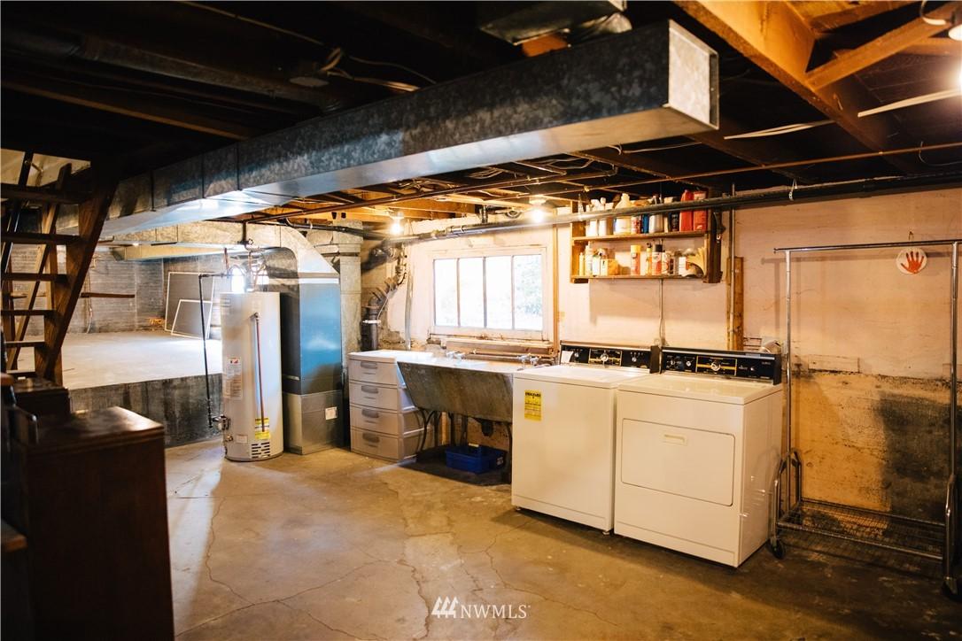 Sold Property | 1703 N 47th Street Seattle, WA 98103 27