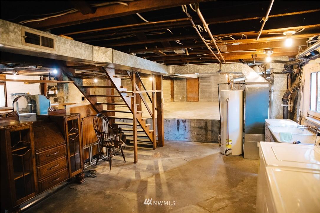 Sold Property | 1703 N 47th Street Seattle, WA 98103 25