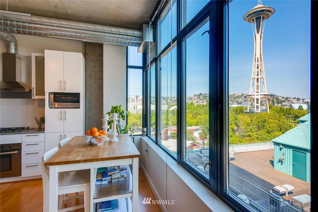 Sold Property | 2720 3rd Avenue #804 Seattle, WA 98121 0