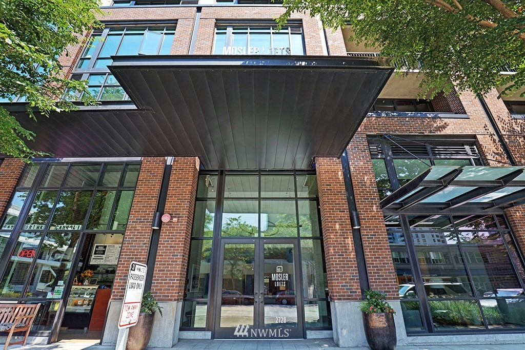 Sold Property | 2720 3rd Avenue #804 Seattle, WA 98121 12