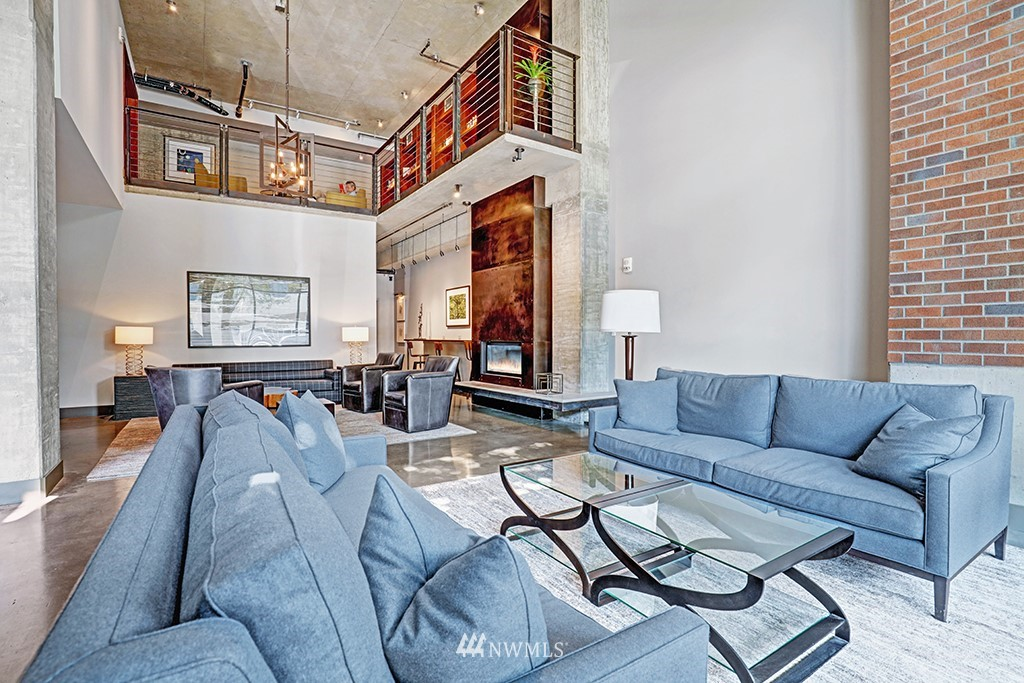 Sold Property | 2720 3rd Avenue #804 Seattle, WA 98121 17