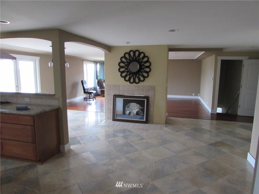 Sold Property   1102 Bridgeview Drive Tacoma, WA 98406 4