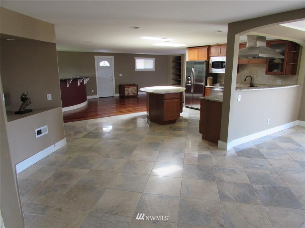 Sold Property   1102 Bridgeview Drive Tacoma, WA 98406 5