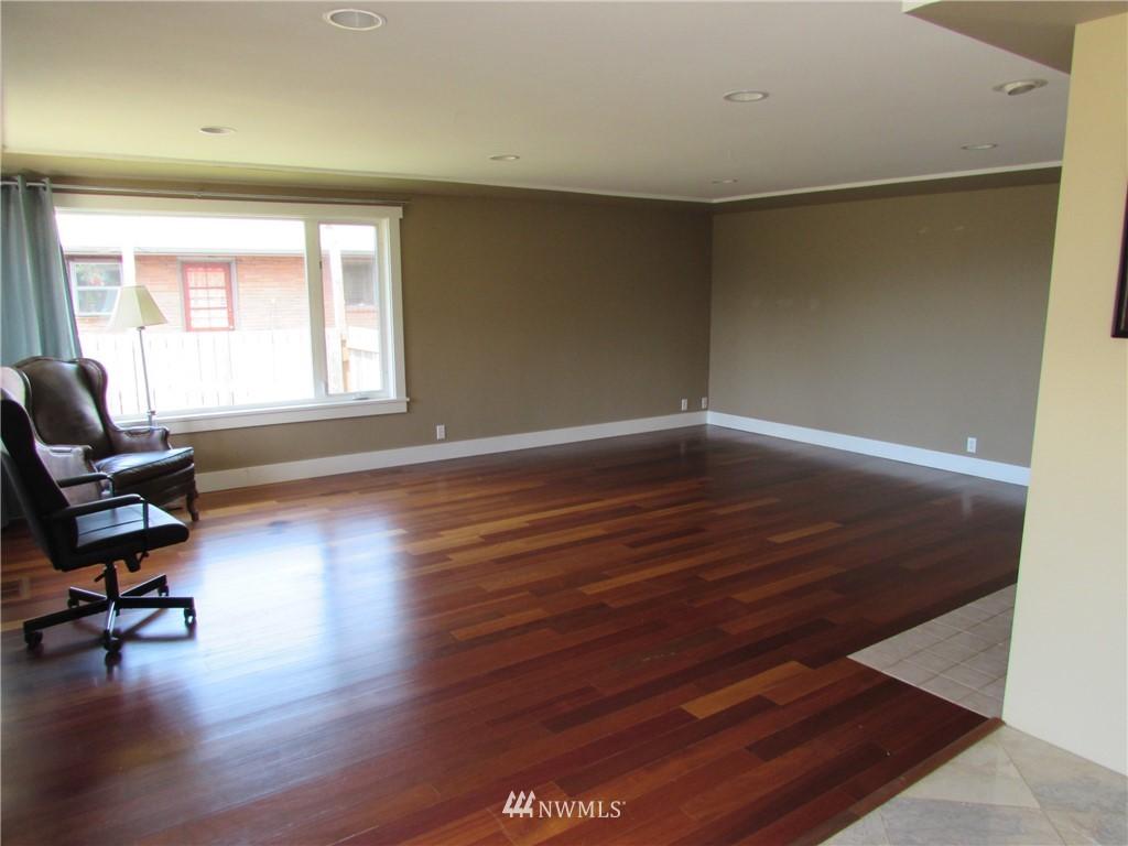 Sold Property   1102 Bridgeview Drive Tacoma, WA 98406 8