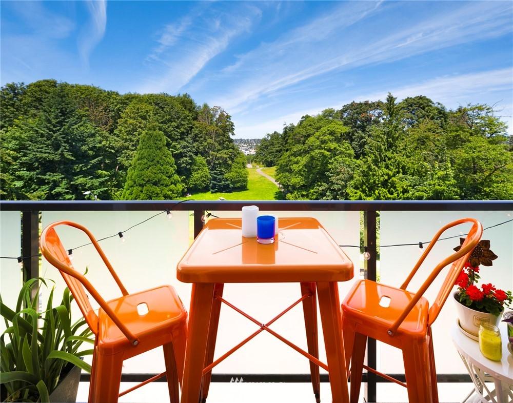 Sold Property | 3722 27th Place W #402 Seattle, WA 98199 0