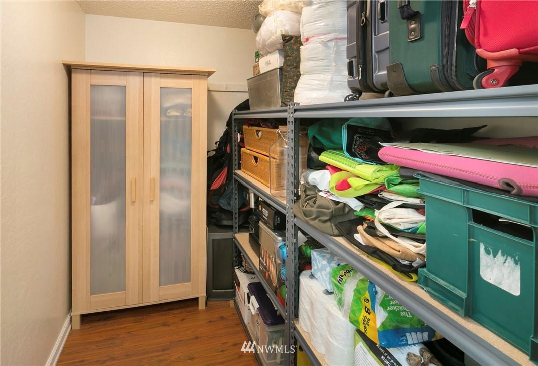 Sold Property | 3722 27th Place W #402 Seattle, WA 98199 20