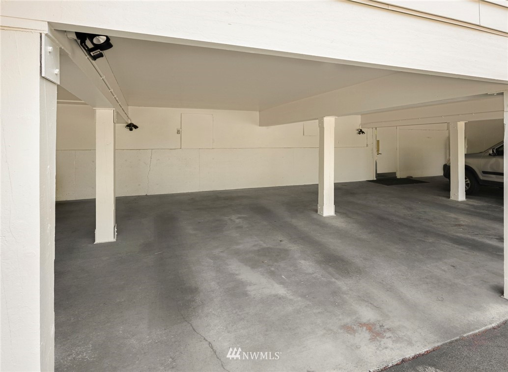 Sold Property | 3722 27th Place W #402 Seattle, WA 98199 22