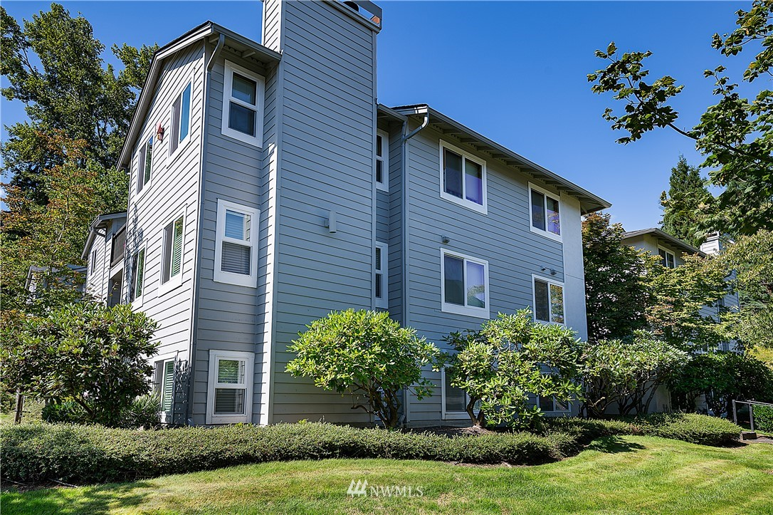 Sold Property | 6700 NE 182nd Street #D102 Kenmore, WA 98028 0