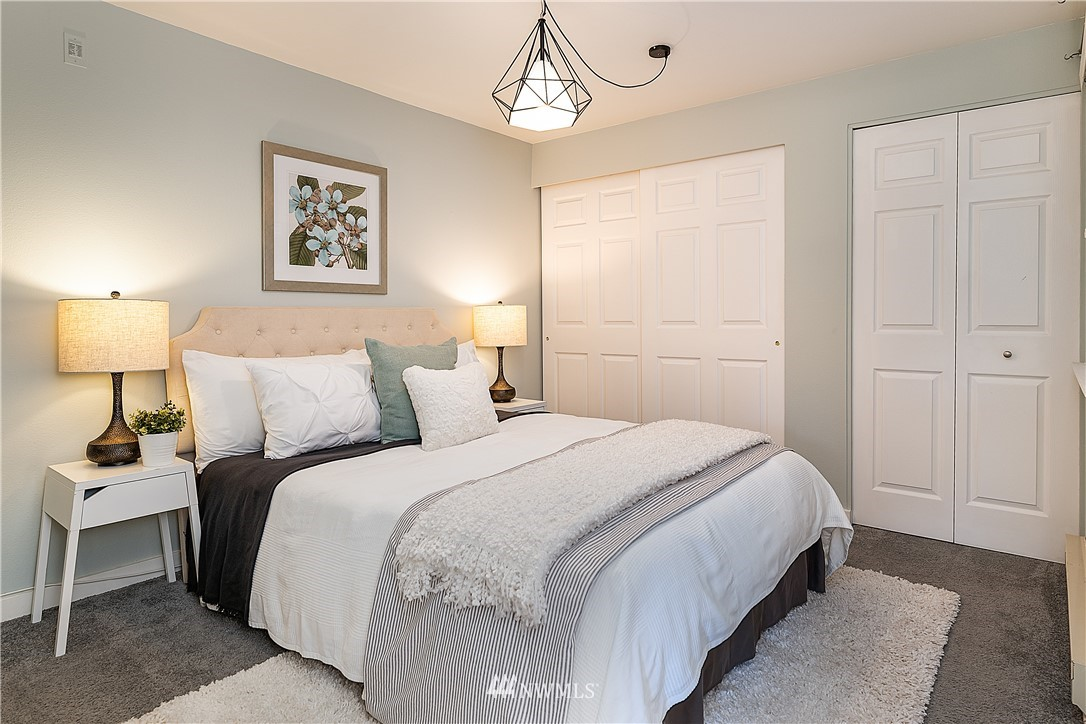 Sold Property | 6700 NE 182nd Street #D102 Kenmore, WA 98028 8