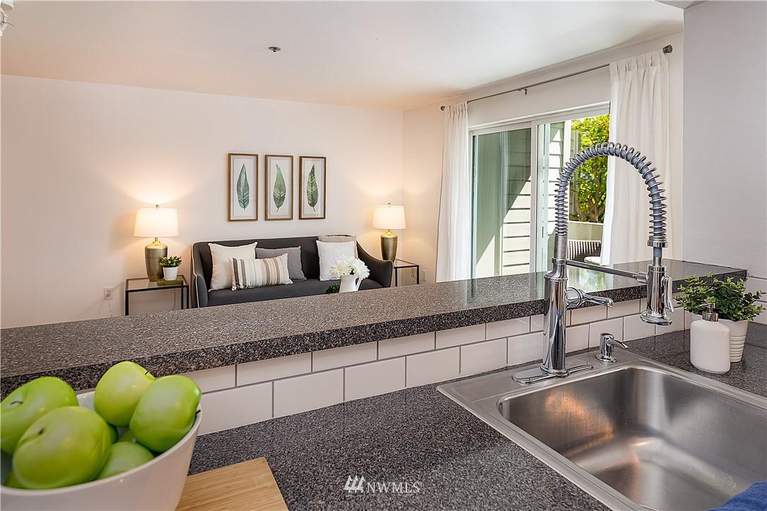 Sold Property | 6700 NE 182nd Street #D102 Kenmore, WA 98028 4