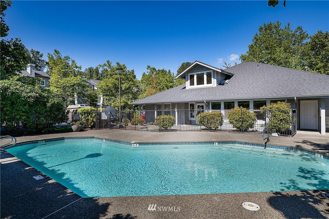 Sold Property | 6700 NE 182nd Street #D102 Kenmore, WA 98028 15