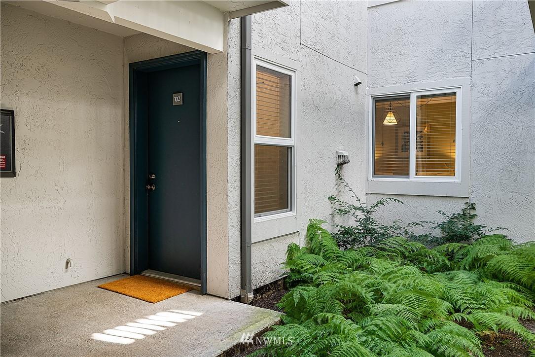 Sold Property | 6700 NE 182nd Street #D102 Kenmore, WA 98028 14
