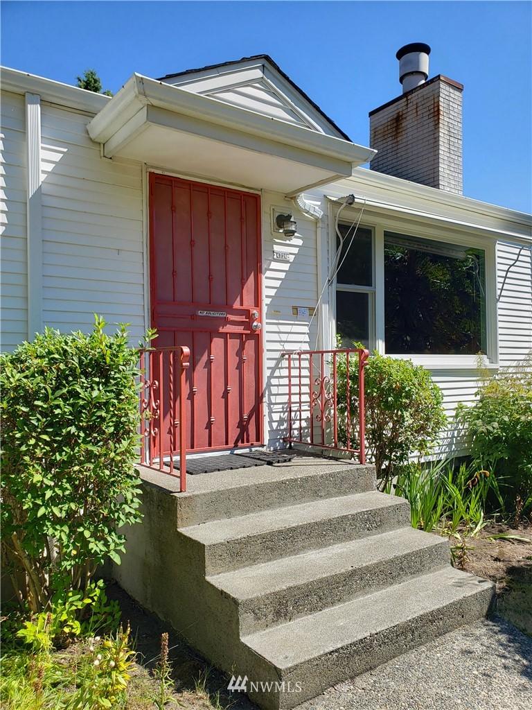 Sold Property | 4724 49th Avenue SW Seattle, WA 98116 1