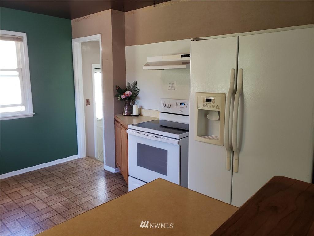 Sold Property | 4724 49th Avenue SW Seattle, WA 98116 7