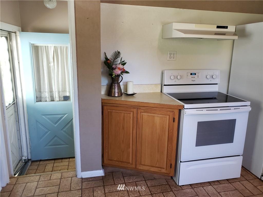 Sold Property | 4724 49th Avenue SW Seattle, WA 98116 10