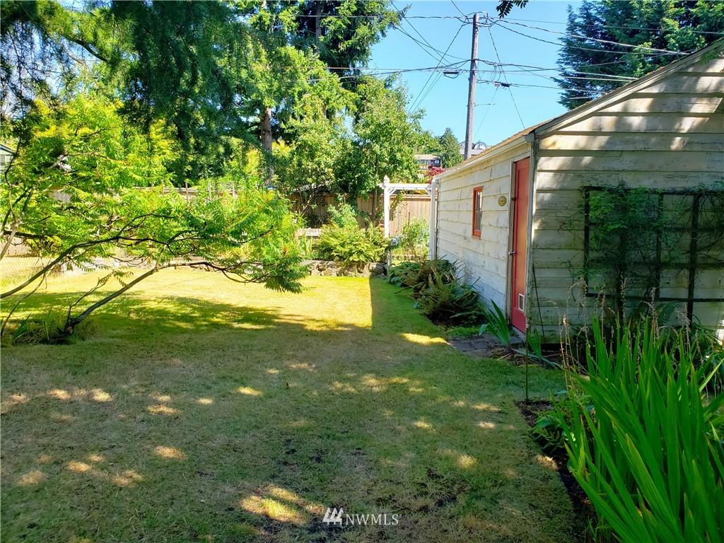 Sold Property | 4724 49th Avenue SW Seattle, WA 98116 22