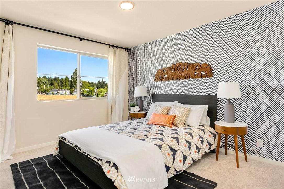Sold Property | 9654 2nd Avenue SW Seattle, WA 98106 17