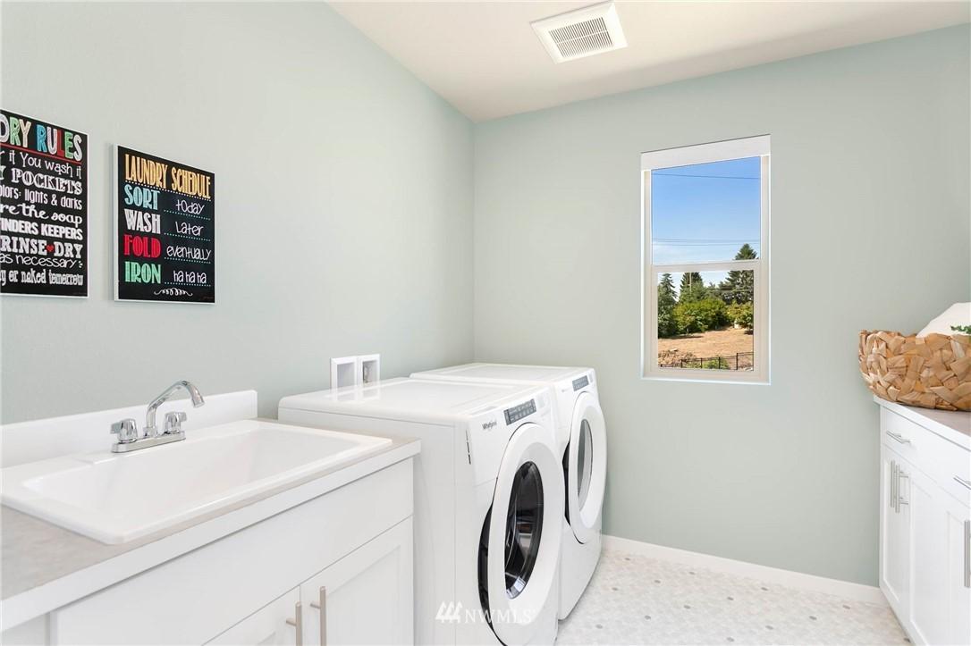 Sold Property | 9654 2nd Avenue SW Seattle, WA 98106 21