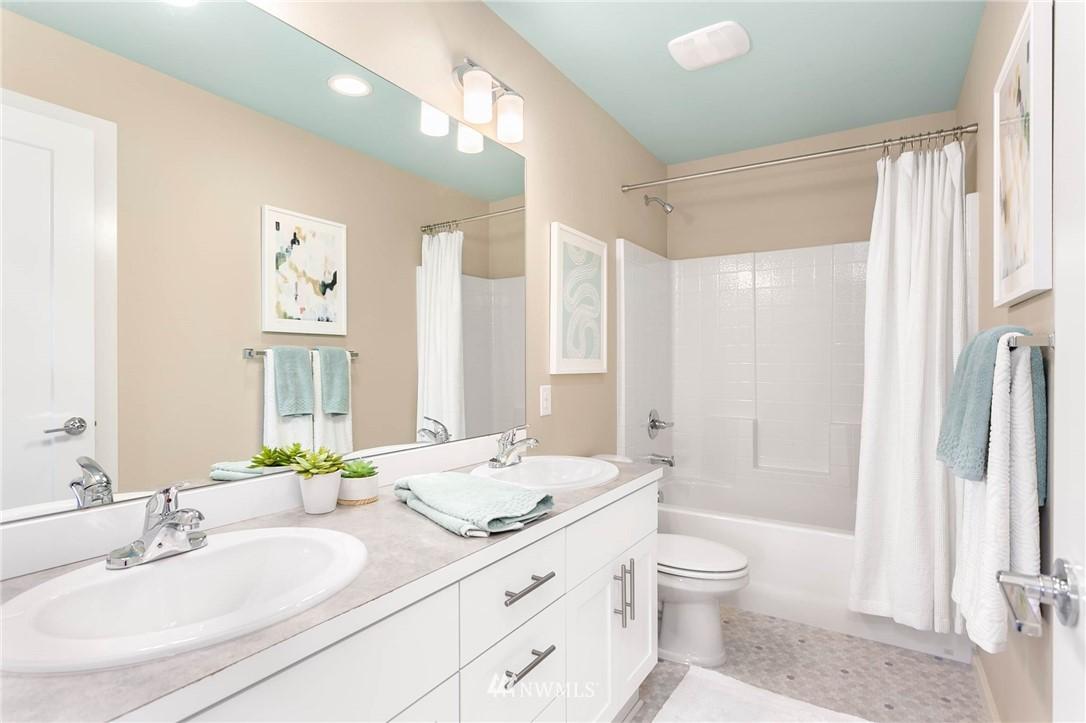 Sold Property | 9654 2nd Avenue SW Seattle, WA 98106 18
