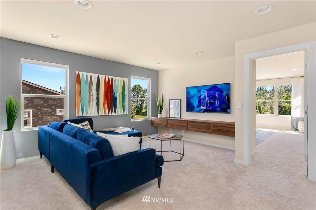 Sold Property | 9654 2nd Avenue SW Seattle, WA 98106 11