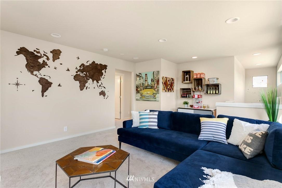 Sold Property | 9654 2nd Avenue SW Seattle, WA 98106 10