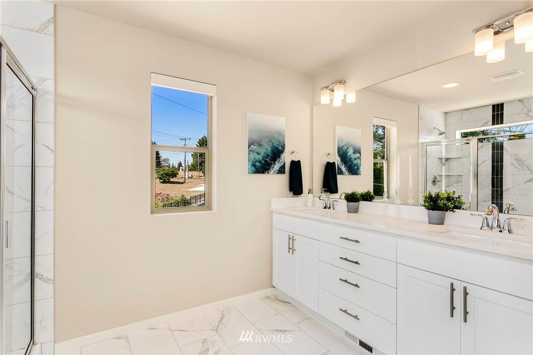 Sold Property | 9654 2nd Avenue SW Seattle, WA 98106 15