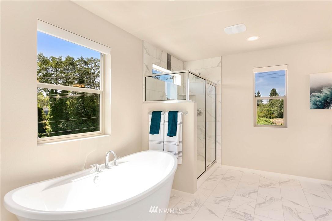 Sold Property | 9654 2nd Avenue SW Seattle, WA 98106 16