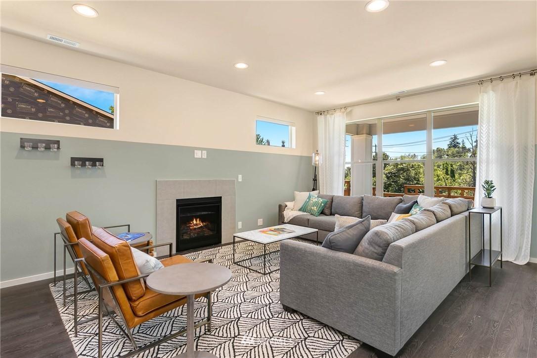 Sold Property | 9654 2nd Avenue SW Seattle, WA 98106 5