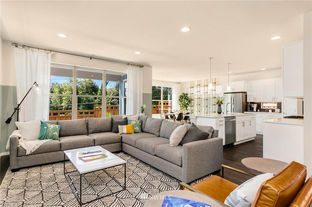 Sold Property | 9654 2nd Avenue SW Seattle, WA 98106 7