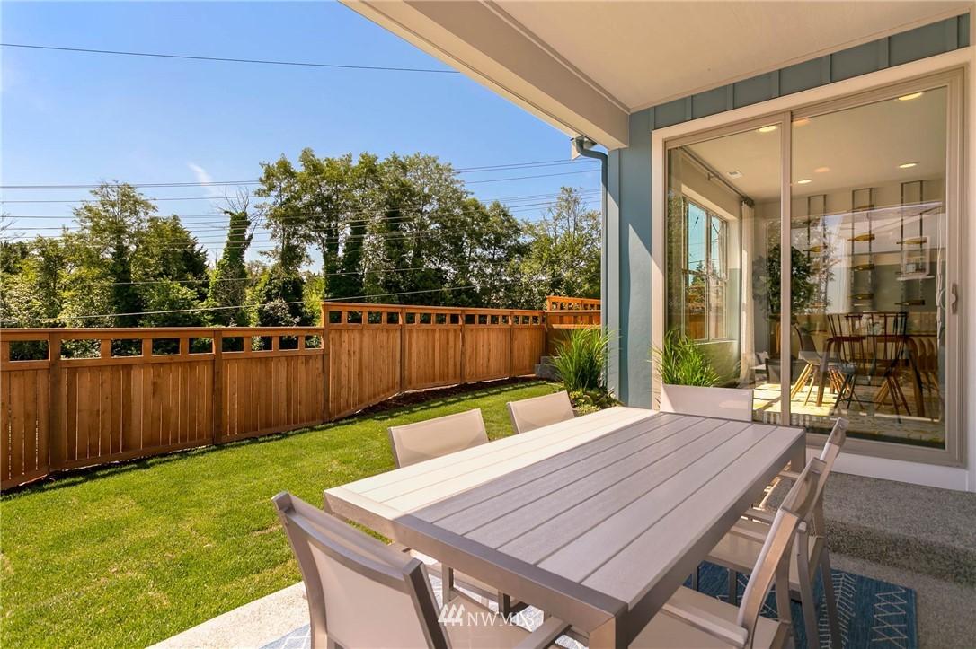 Sold Property | 9654 2nd Avenue SW Seattle, WA 98106 23