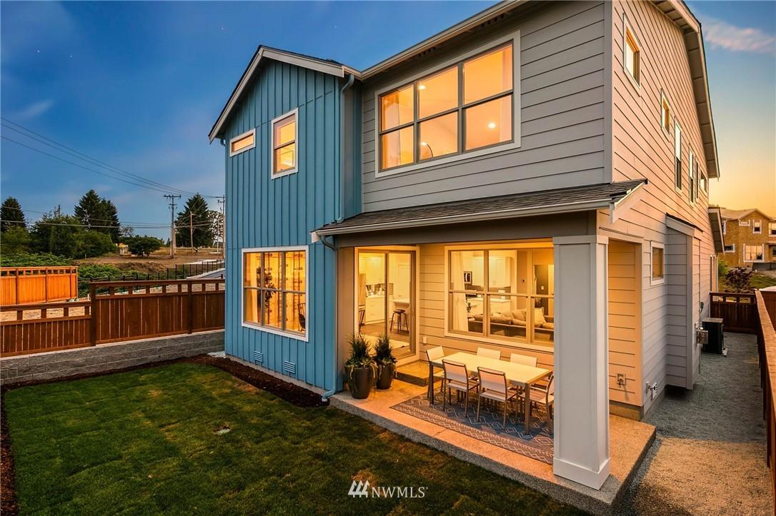 Sold Property | 9654 2nd Avenue SW Seattle, WA 98106 27